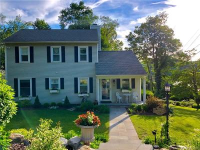 Danbury Single Family Home For Sale: 12 Overlook Drive