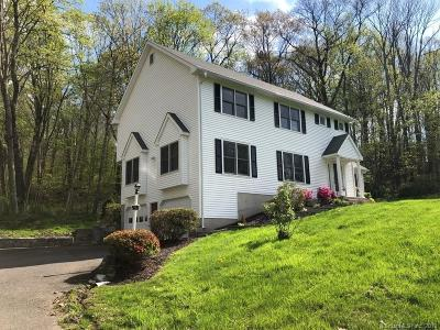 Southbury Single Family Home For Sale: 151 Lantern Park Lane South