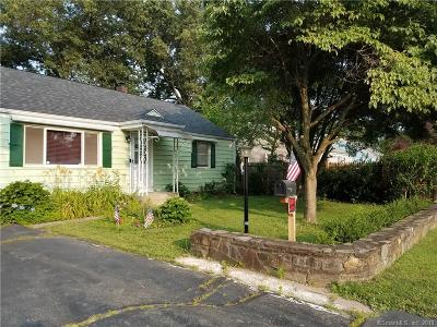 East Hartford Single Family Home For Sale: 50 Pinecrest Drive
