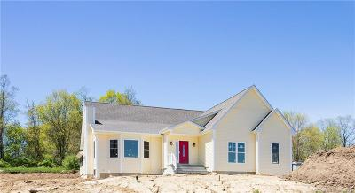 New Milford Single Family Home For Sale: 145 Weathervane Drive