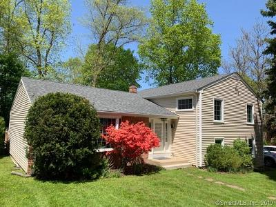 Stamford Single Family Home For Sale: 26 Davenport Drive