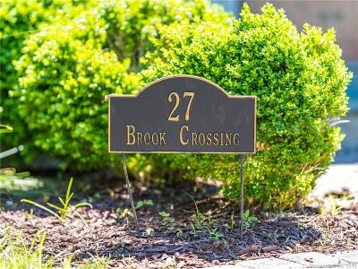 Marlborough Single Family Home For Sale: 27 Brook Crossing