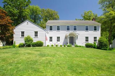 Darien Single Family Home For Sale: 49 Country Club Road