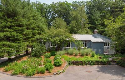Farmington Single Family Home For Sale: 164 Mountain Spring Road