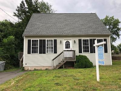 Bristol Single Family Home For Sale: 235 Beths Avenue