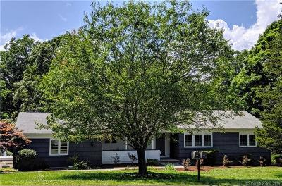 Newtown Single Family Home For Sale: 14 Taunton Ridge Road