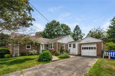 West Hartford Single Family Home For Sale: 70 Fairwood Farms Drive