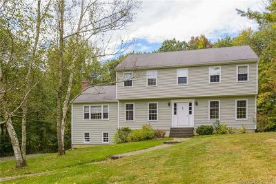 New Milford Single Family Home For Sale: 8 Cambridge Circle