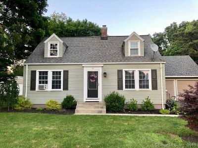 North Branford CT Single Family Home For Sale: $329,900