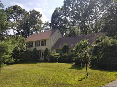 New Haven County Single Family Home For Sale: 71 Green Springs Drive