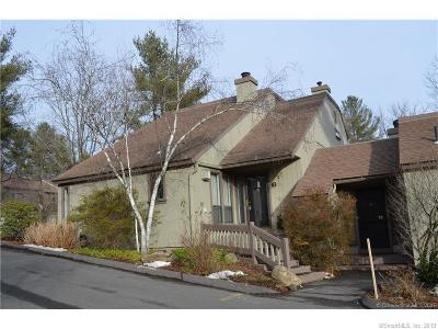 Avon CT Condo/Townhouse For Sale: $214,900