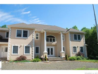 Hamden Single Family Home For Sale: 23 Hunters Way