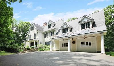 Fairfield County Single Family Home For Sale: 91 Golf Lane