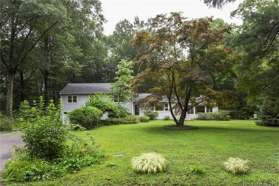 Norwalk Single Family Home For Sale: 18 Bonnybrook Road