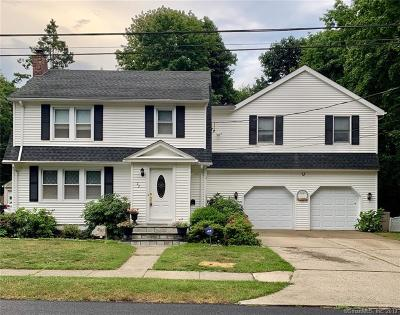 Milford CT Single Family Home For Sale: $590,000