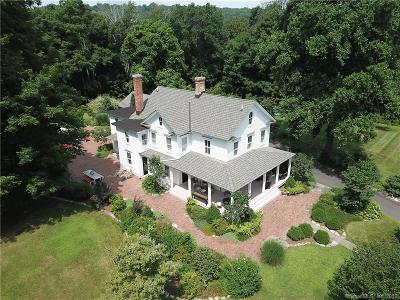 Weston Single Family Home For Sale: 138 Old Redding Road