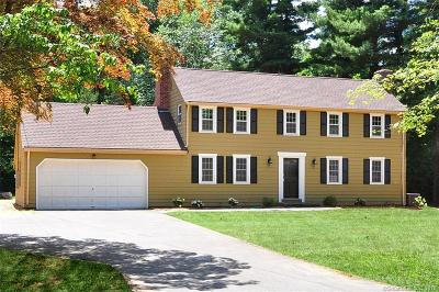 Simsbury Single Family Home For Sale: 77 Wildwood Road
