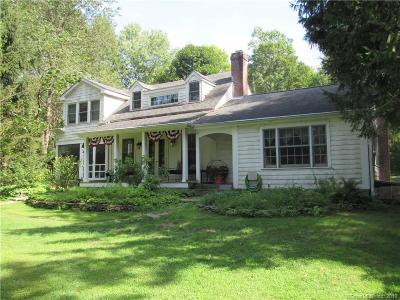 Brookfield Single Family Home For Sale: 11 Merwin Brook Road