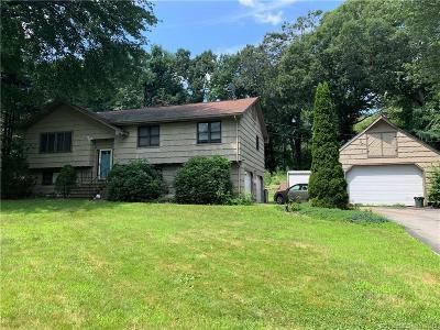 Fairfield County Single Family Home For Sale: 11 Bonnie Brook Drive