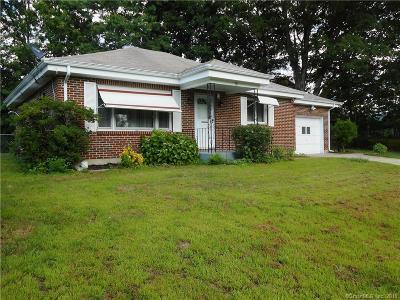 Killingly Single Family Home For Sale: 20 Katherine Avenue