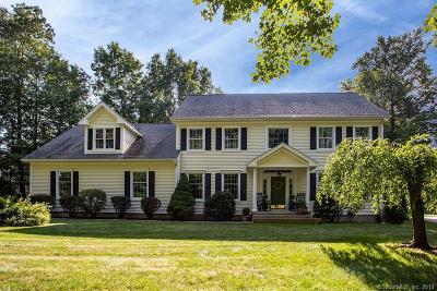 Burlington Single Family Home For Sale: 71 Charolais Way