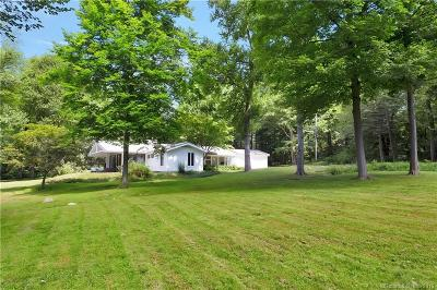 New Canaan Single Family Home For Sale: 69 Windrow Lane