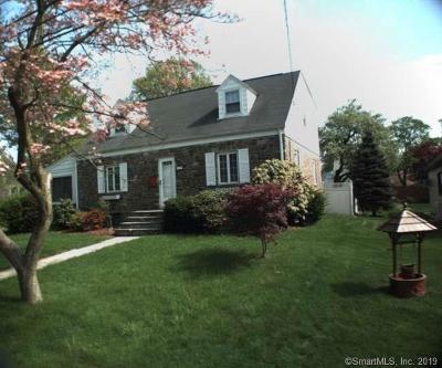 Stratford Single Family Home For Sale: 133 Glenfield Avenue