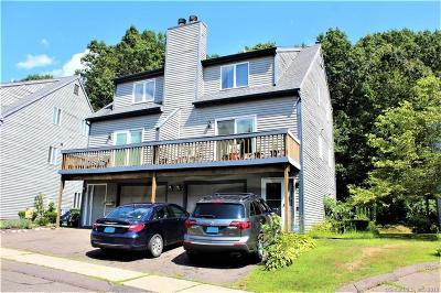 Meriden Condo/Townhouse For Sale: 38 Woodland Ridge #38