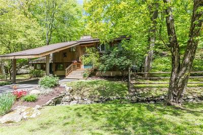 RIDGEFIELD Single Family Home For Sale: 600 Barrack Hill Road