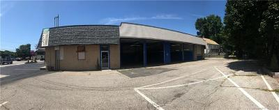 RI-Kent County, RI-Providence County, CT-Windham County, Windham County, Worcester County Commercial Lease For Lease: 1071 Main Street