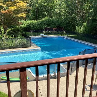 Redding Single Family Home For Sale: 3 Dahlia Lane
