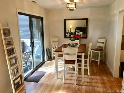 Danbury Condo/Townhouse Show: 166 Old Brookfield Road #18-3