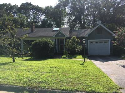 Stonington Single Family Home For Sale: 97 Castle Hill Road