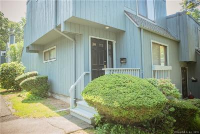 Branford Condo/Townhouse For Sale: 511 Plymouth Colony #511
