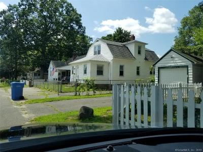 Waterbury Single Family Home For Sale: 213 Mansfield Avenue