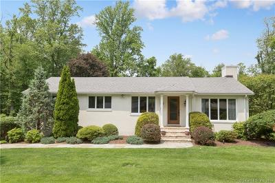Trumbull Single Family Home For Sale: 340 Stonehouse Road