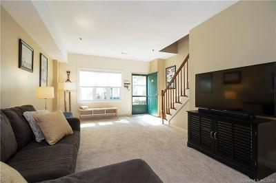Wallingford Condo/Townhouse For Sale: 40 South Cherry Street #24