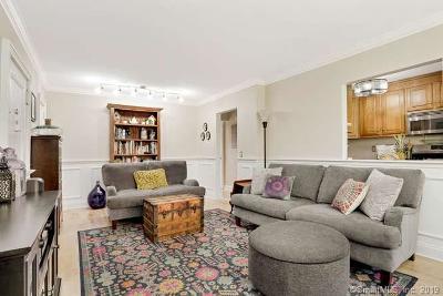 Norwalk Condo/Townhouse For Sale: 11 Bedford Avenue #R2