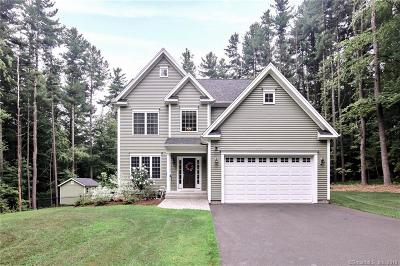 Avon CT Single Family Home For Sale: $544,900