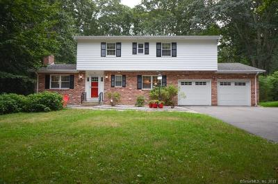 Norwich Single Family Home For Sale: 81 Sherwood Lane