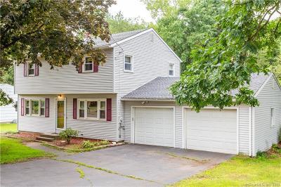 Southington Single Family Home For Sale: 159 Autumn Drive