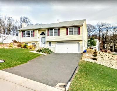 Naugatuck Single Family Home For Sale: 199 Osborn Road