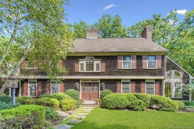 Stamford Single Family Home For Sale: 85 Davenport Farm Lane East