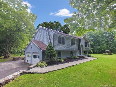 Southbury Single Family Home For Sale: 1049 Kettletown Road