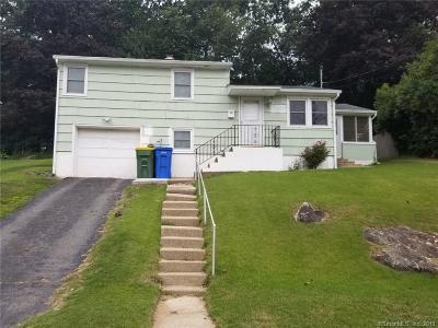 Waterbury Single Family Home For Sale: 116 Longmeadow Drive