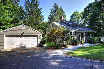 Easton Single Family Home For Sale: 64 Sport Hill Parkway