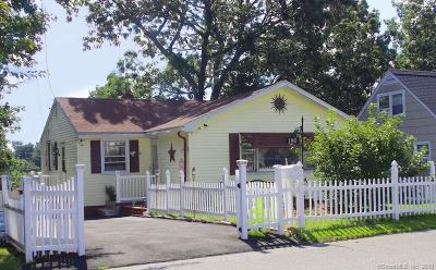 Bridgeport Single Family Home For Sale: 180 Hillcrest Road