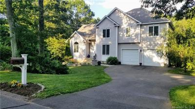 Bolton Single Family Home For Sale: 37 Lookout Landing