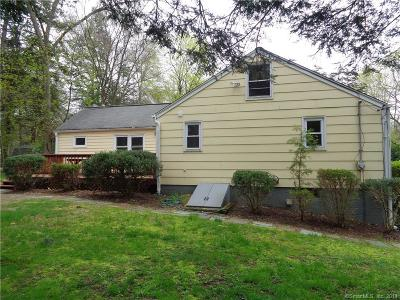 Southbury Single Family Home For Sale: 50 River Trail