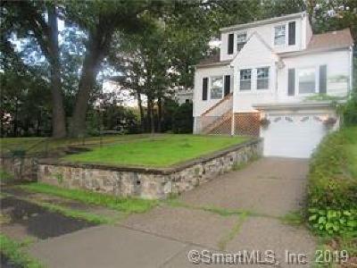 Waterbury Single Family Home For Sale: 130 Monterey Street
